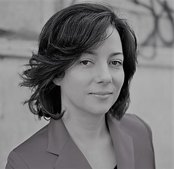 كيم غطّاس- كاتبة وصحافيّة