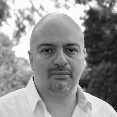 سامر القرنشاوي- كاتب وأكاديمي مصري