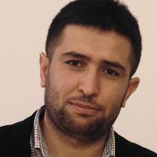 رستم محمود - صحفي كردي سوري