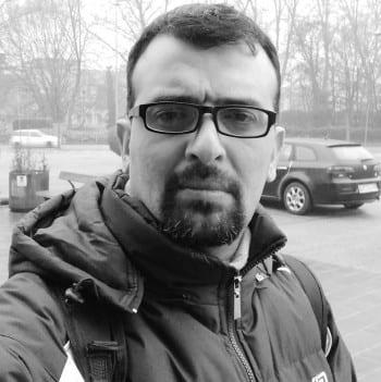 عبدالله أمين الحلاق - صحافي سوري مقيم في إيطاليا