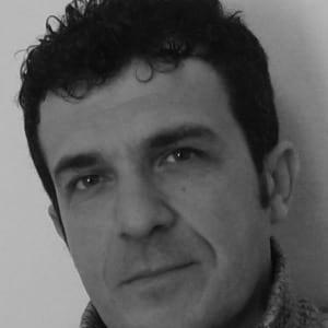 مالك ونوس - كاتب ومترجم سوري