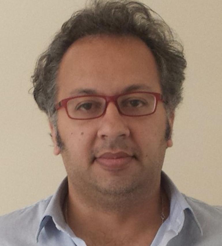 """جهاد يازجي - خبير اقتصادي ومؤسس ومحرّر نشرة """"ذا سيريا ريبورت"""""""