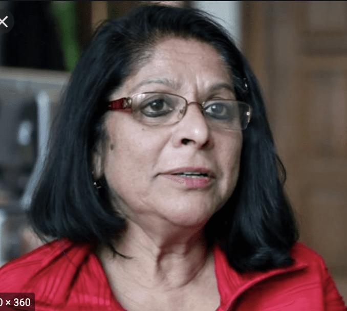مويتري موخوبادهياي - نسوية وباحثة اجتماعية هندية