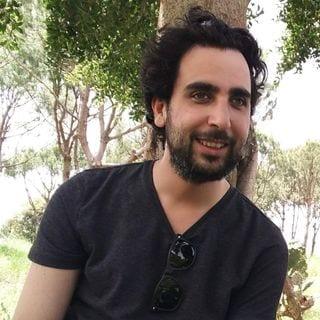 حسين مهدي - صحافي لبناني