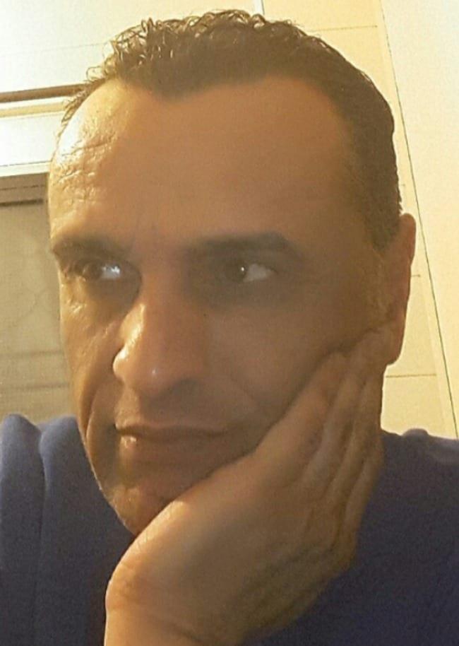 طارق اسماعيل - كاتب لبناني
