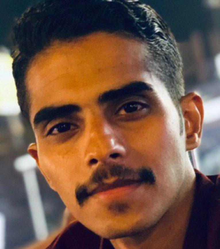 زيد الغانم - صحافي وكاتب عراقي
