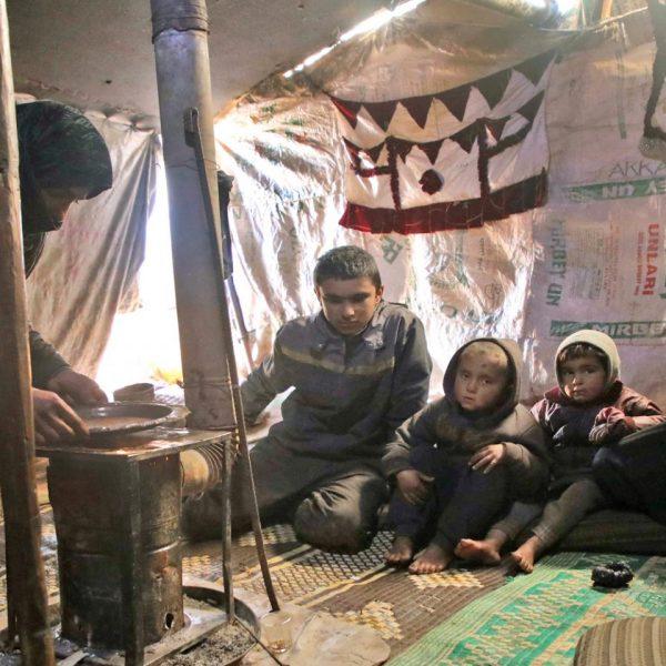 syrian-economy-tent-